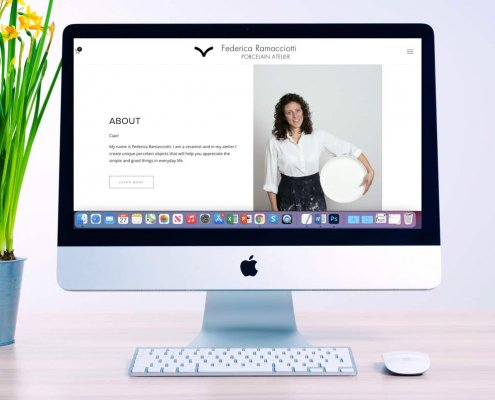 il desktop di un computer con la homepage del sito web di Federica Ramacciotti