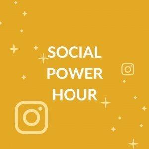 grafica con scritta in evidenza 'SOCIAL POWER HOUR'